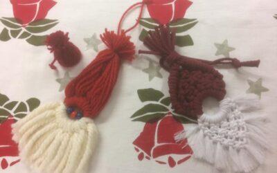 Punaiset joulukellot!! Ja tontut tomerat!! Tule sinäkin ti 8.12 joulupajapäivään…